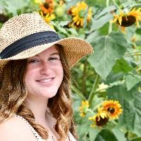 Eleni Houck profile picture