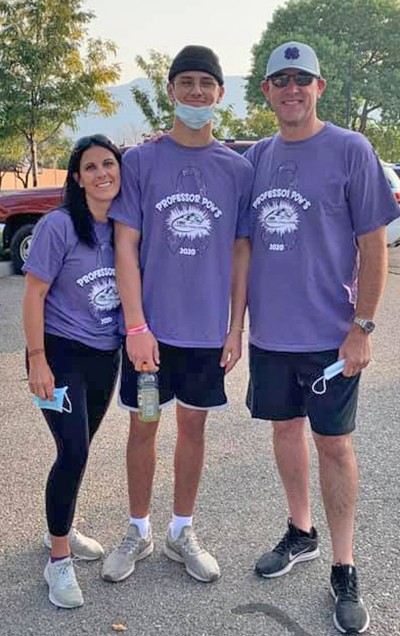 Tyler Jenson and family at the 2020 virtual Lobo Cancer Challenge
