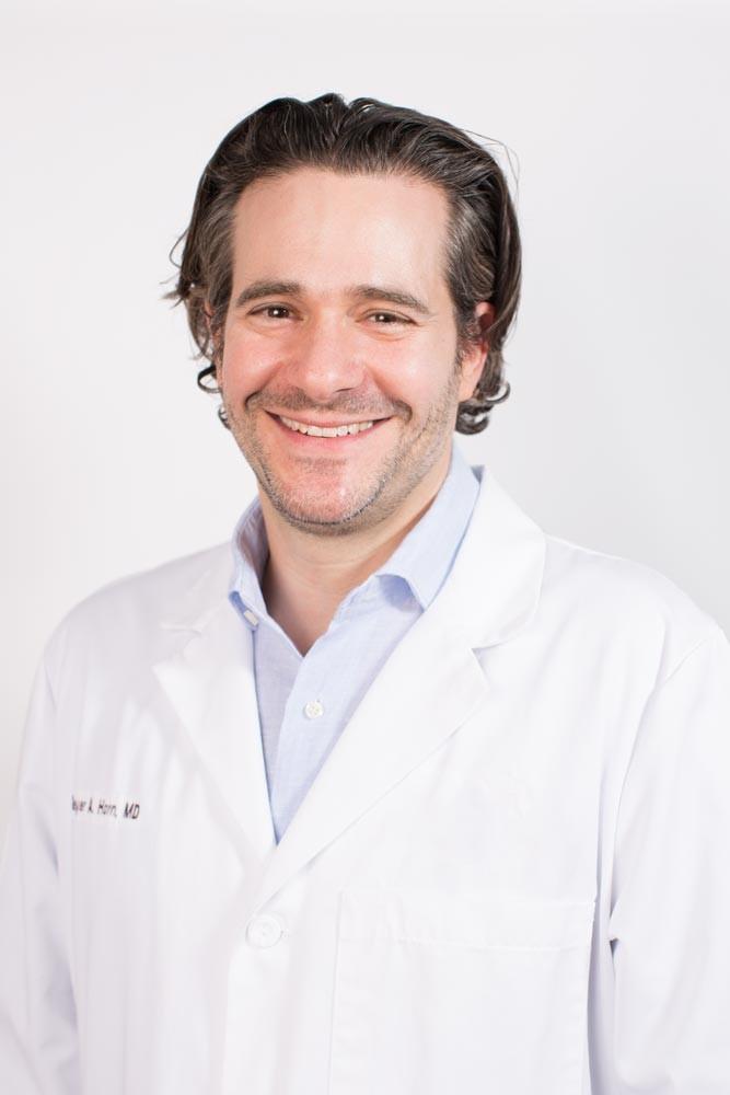 Dr  Lewitt Biography